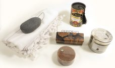 Kadopakket scrubzeep, olijfzeep, geurkaars anti stress, konjacspons, hammamdoek, hammamzeep ottoman olivos