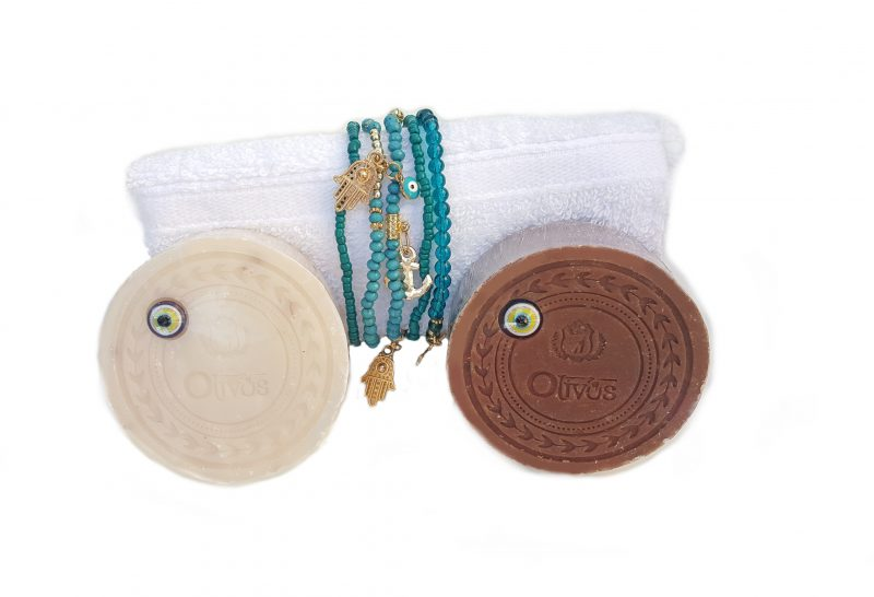 Presentje zeep, Cadeau voor juf, Olijfzeep laurier, olijfzeep vanille, washand zonder schadelijke stoffen, Hamsa armbanden